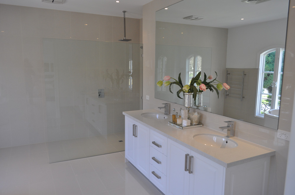 Shower screens products building group for Bathroom cabinets 200mm wide